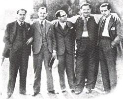 De izquierda a derecha, José López Rubio, Stan Laurel, Eduardo Ugarte, Oliver Hardy y Edgar Neville en Hollywood, 1930