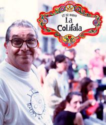"""Hugo Norberto López, de 74 años, es una de las estrellas de la radio """"La Colifata"""", la primera emisora del mundo hecha por enfermos mentales, protagonista de la ultima campaña de una conocida bebida isotónica; recita poemas de Neruda en su espacio."""