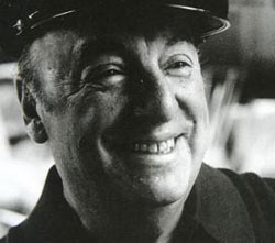 """""""Por la poesía de Neruda pasa Chile entero, con sus ríos, sus montañas, sus nieves eternas y tórridos desiertos."""" Salvador Allende."""